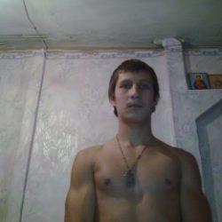 Я парень. Разыскиваю симпатичную и развратнаю девушку для секса в Абакане